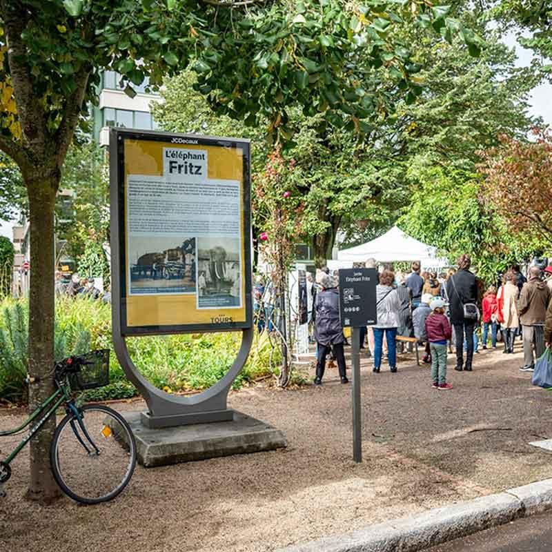 L'entrée du jardin de l'éléphant Fritz, à Tours